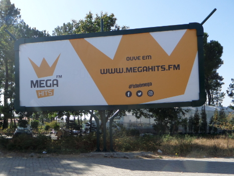 mega hits outdoor 8×3